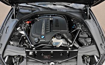 0-2013-BMW-6-series-gran-coupe-engine