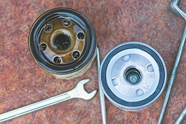 Oil filter old and new
