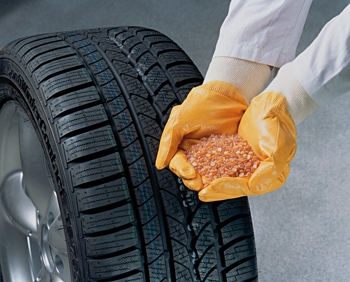 Multiple tire manufacturers, including Continental, use non-petroleum versions of various fillers.