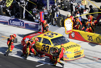 The Helping Hands crew for Clint Bowyer's #33 Cheerios/Hamburger Helper Chevrolet, delivers a quick hit of E15 racing fuel at the 2011 NASCAR Sprint Cup Daytona 500 in February.   Photo courtesy of Richard Childress Racing.